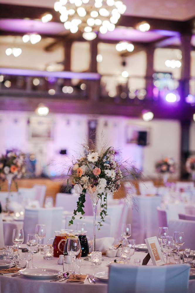 rustykalna dekoracja weselna